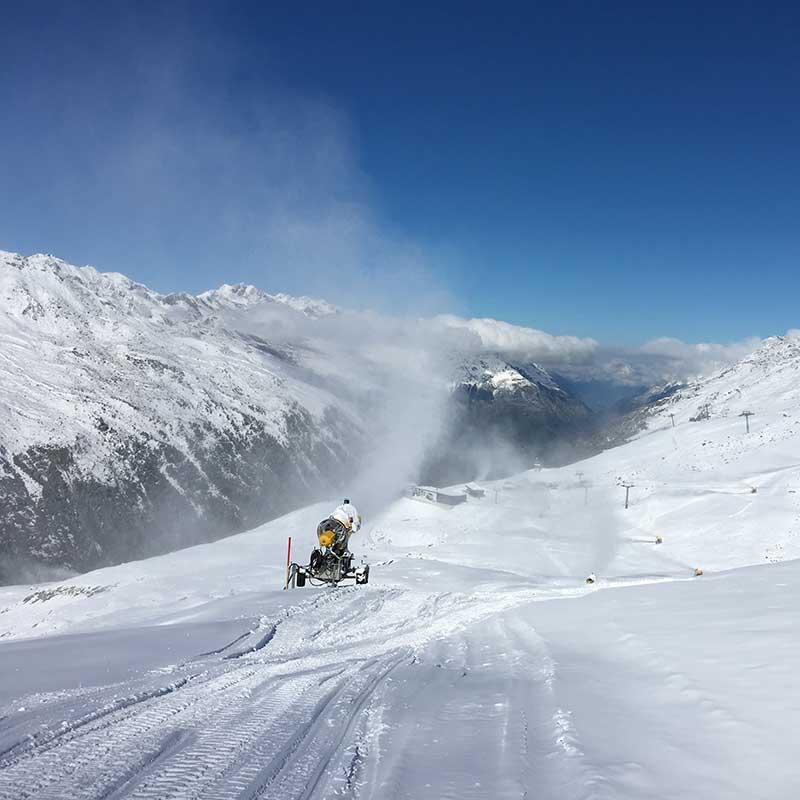 Snow cannons working - Obergurgl-Hochgurgl, Ötztal, Tyrol