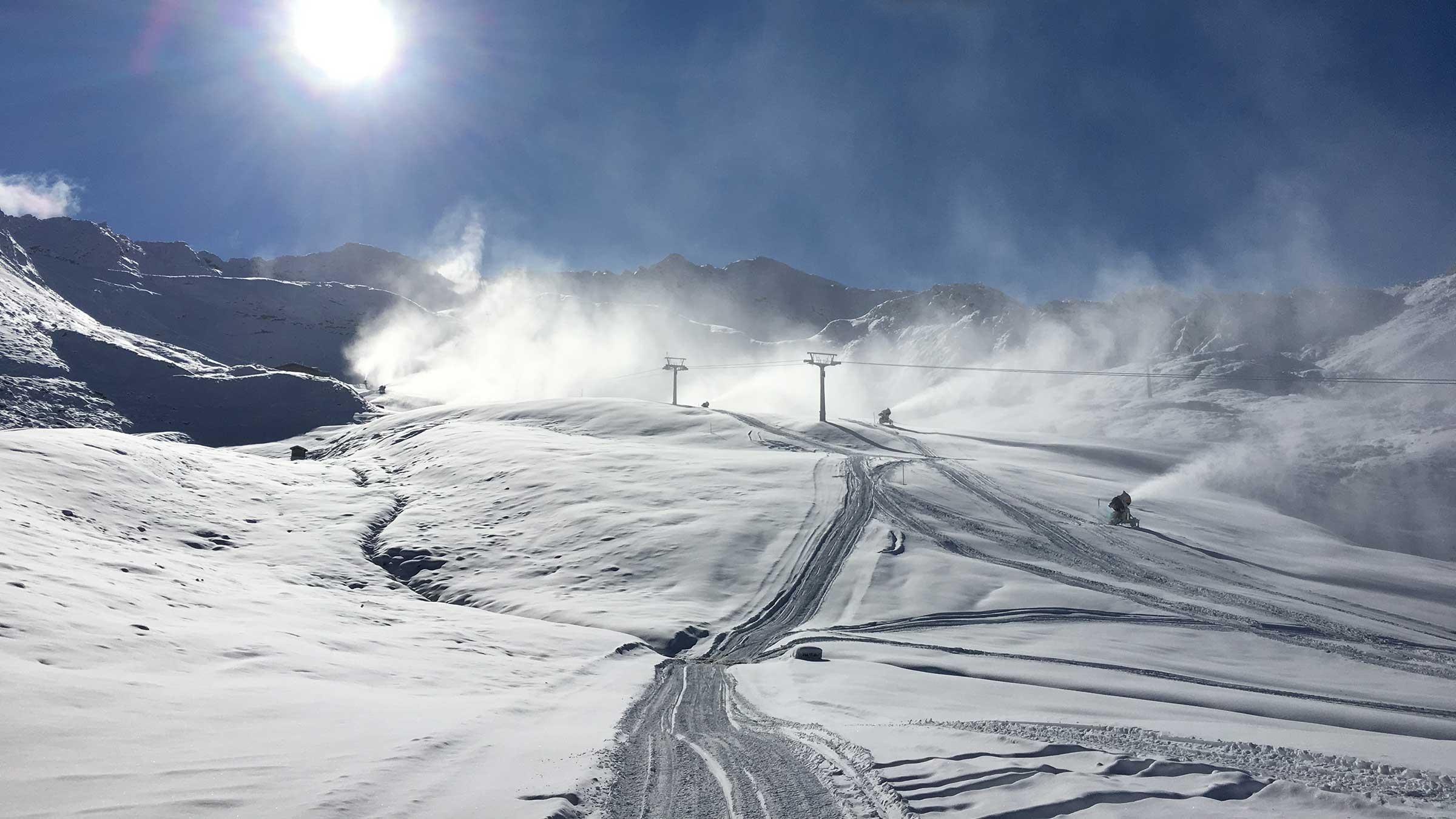 Schneekanonen im Einsatz - Obergurgl-Hochgurgl, Ötztal, Tirol