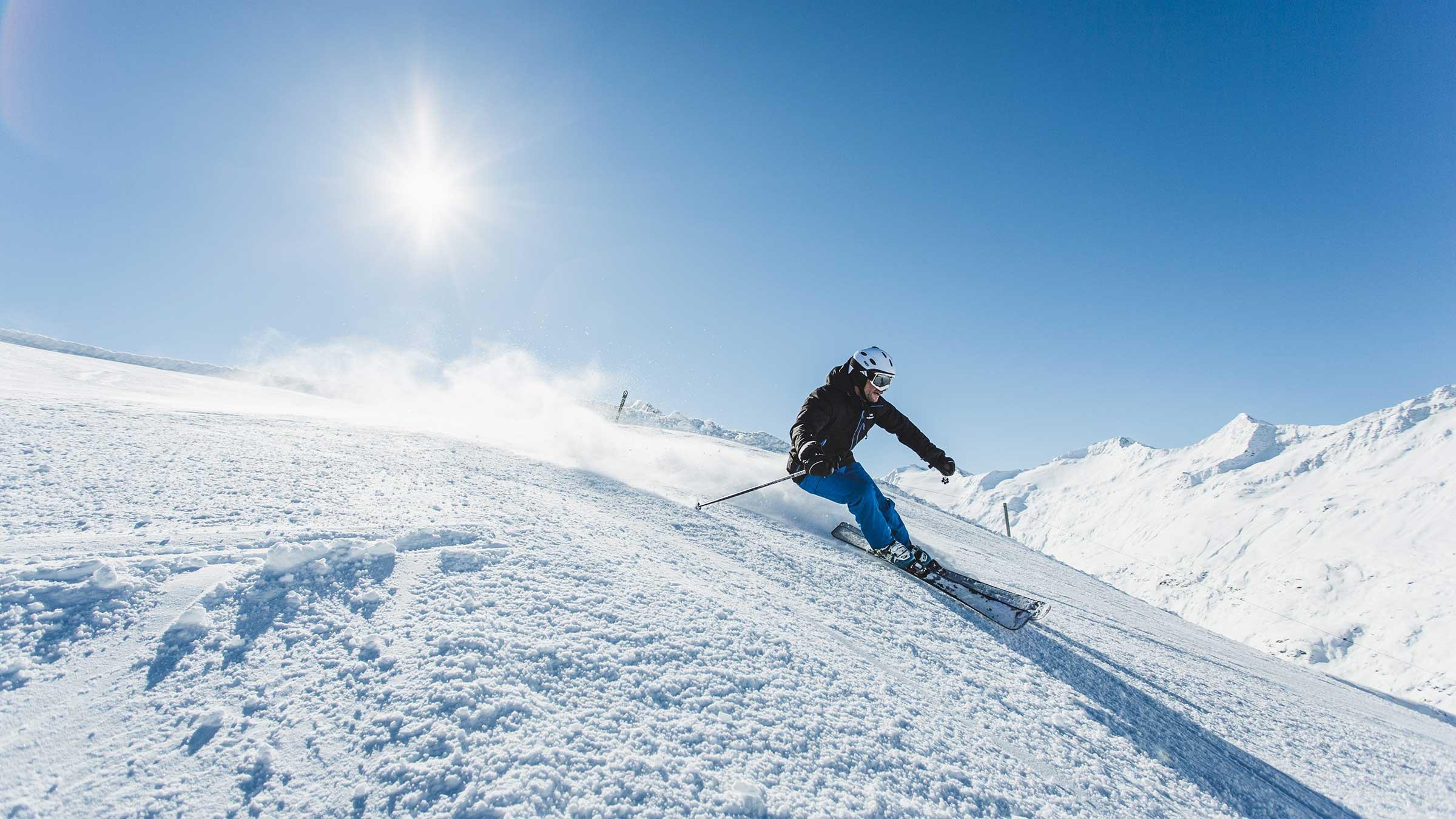 Skifahrer auf Piste - Obergurgl-Hochgurgl, Ötztal, Tirol