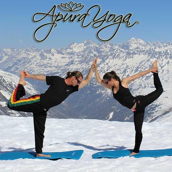 Donovan und Yvonne beim Yoga - Alpine Yoga mit Apura Yoga in Obergurgl