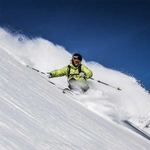 Skifahrer im Tiefschnee - Powder Snow Week Obergurgl-Hochgurgl