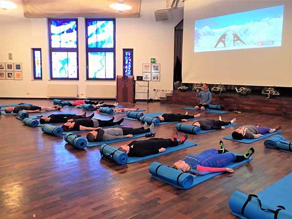Yoga im Piccardsaal in Obergurgl - Alpine Yoga mit Apura Yoga in Obergurgl