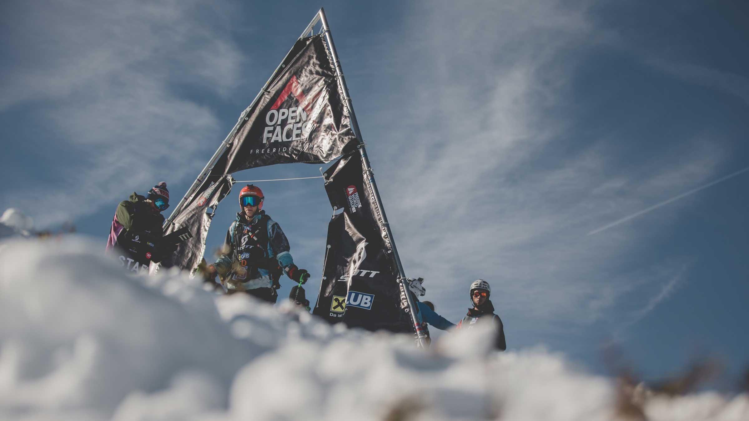 Skifahrer am Start - OPEN FACES Obergurgl-Hochgurgl