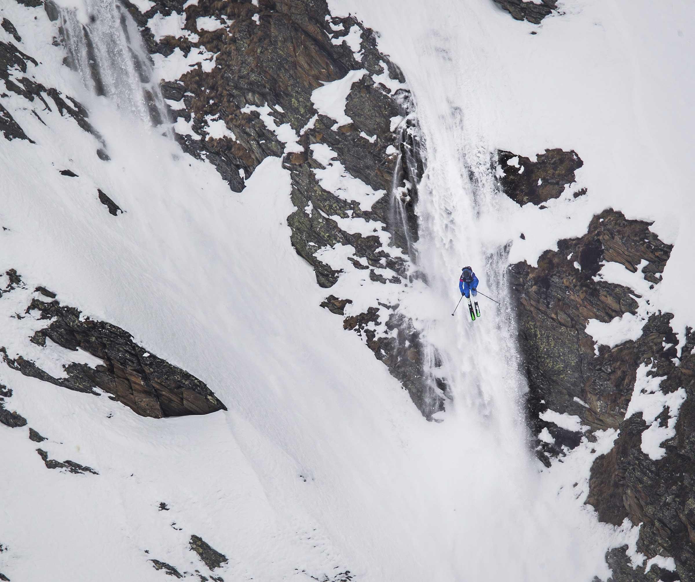 Skifahrer Cliffdrop - Open Faces Obergurgl-Hochgurgl
