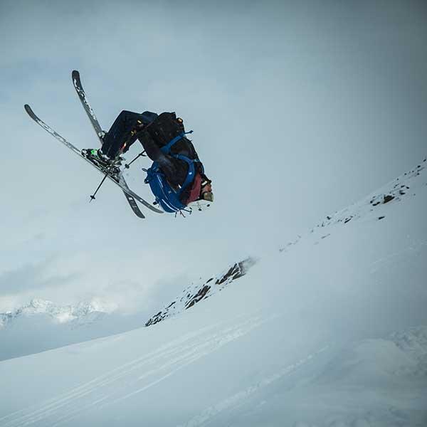 Backflip Skifahrer - Freeriden Obergurgl-Hochgurgl