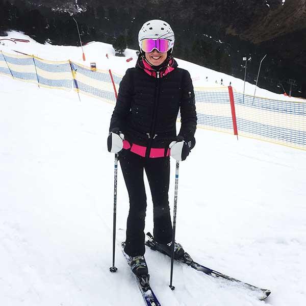 Gastautorin Helen auf Skiern - Skifinish Obergurgl-Hochgurgl