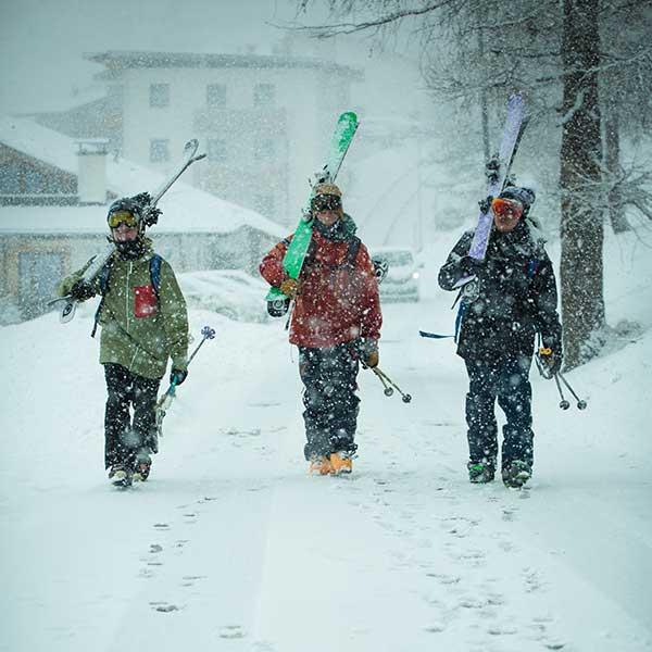 Skifahrer im Schneetreiben - Freeriden Obergurgl-Hochgurgl