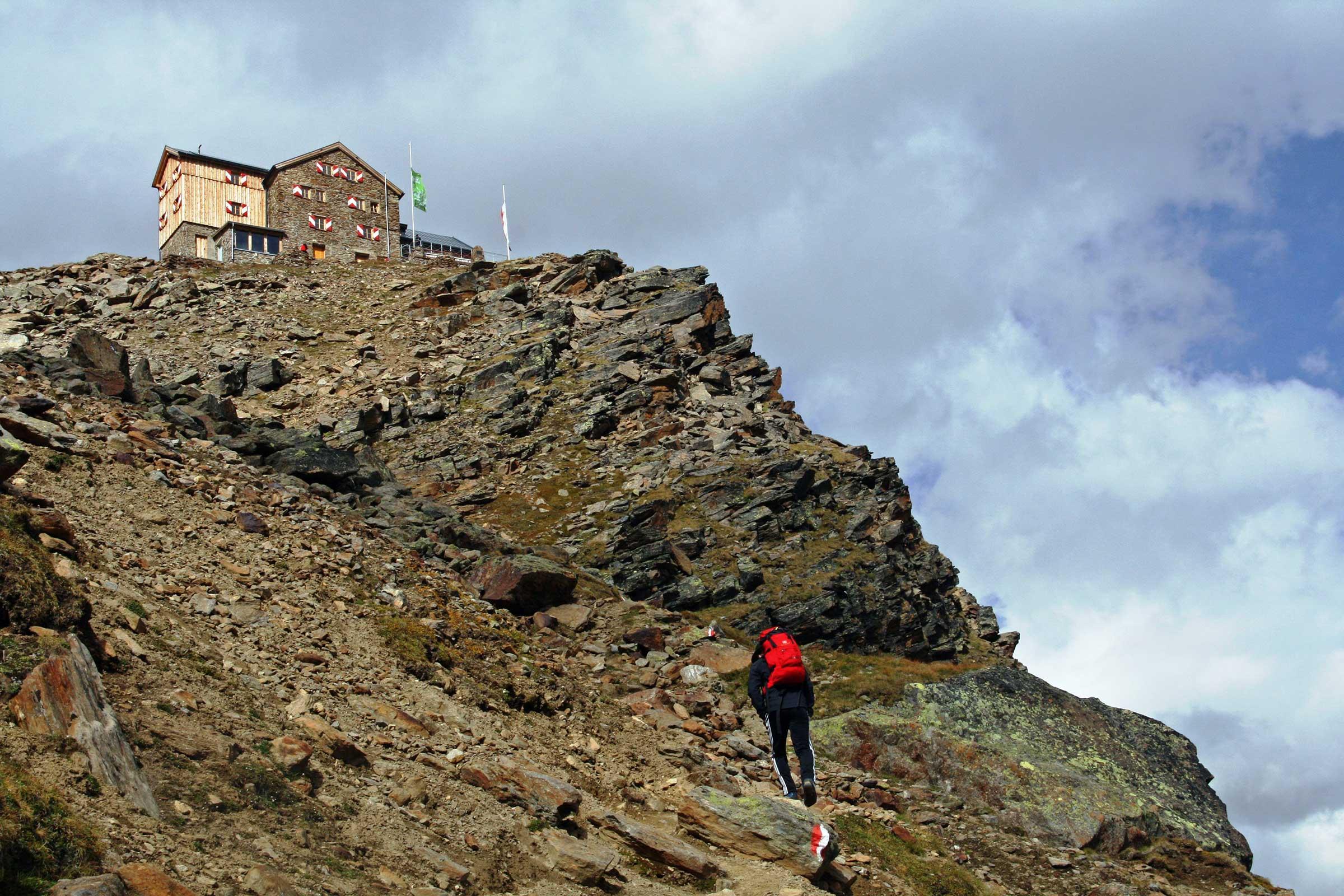 Die letzten steilen Meter bis zum Ramolhaus - Ramolhaus Obergurgl-Hochgurgl