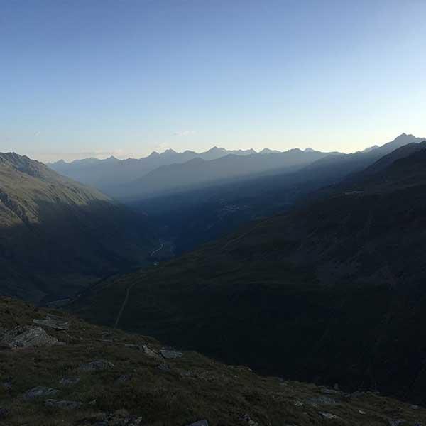 Blick Tal auswärts von der Hohe Mut Alm - Sonnenaufgangsfahrt Hohe Mut Alm