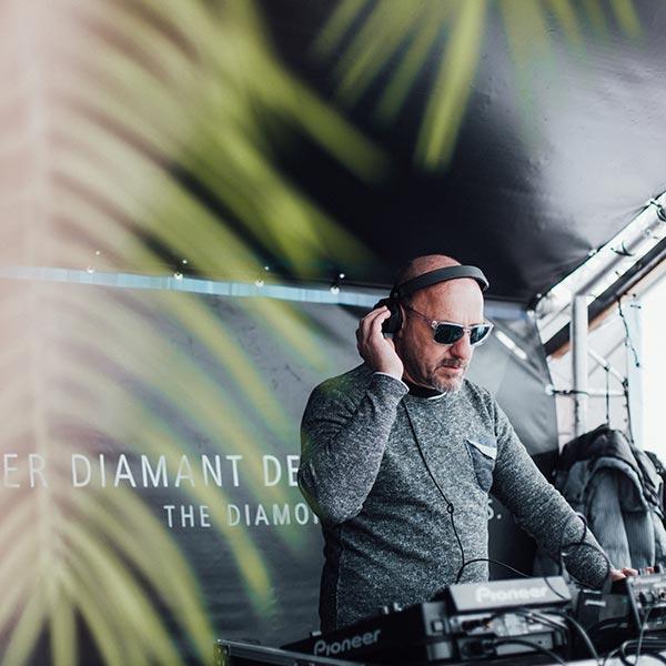 DJ am Schermer Schirm - Obergurgl-Hochgurgl Nassau Beach Club