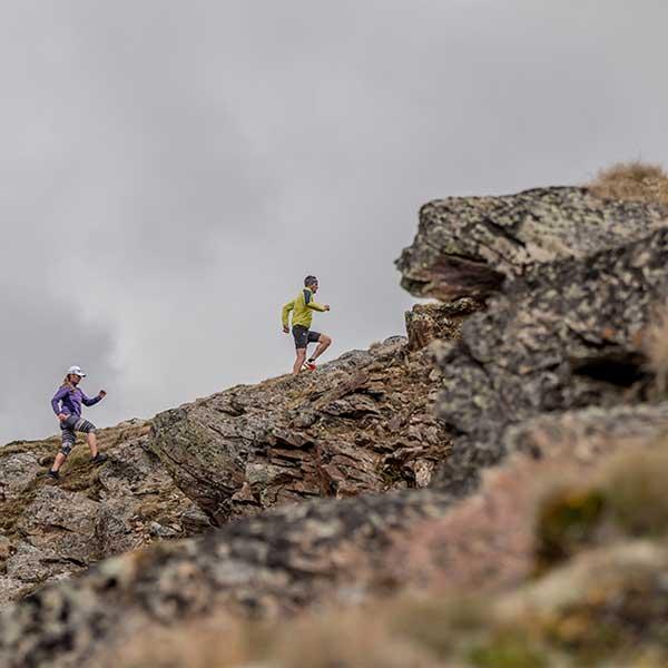 Zwei Trailrunner im Gelände - Gletscher Trailrun Obergurgl-Hochgurgl